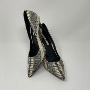 Zara Woman Grey Snakeskin Pointed Toe Pump Heels
